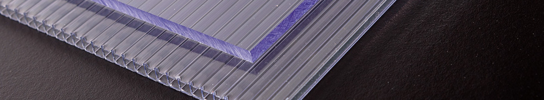 Verschil Polycarbonaat plaat massief en kanaalplaay