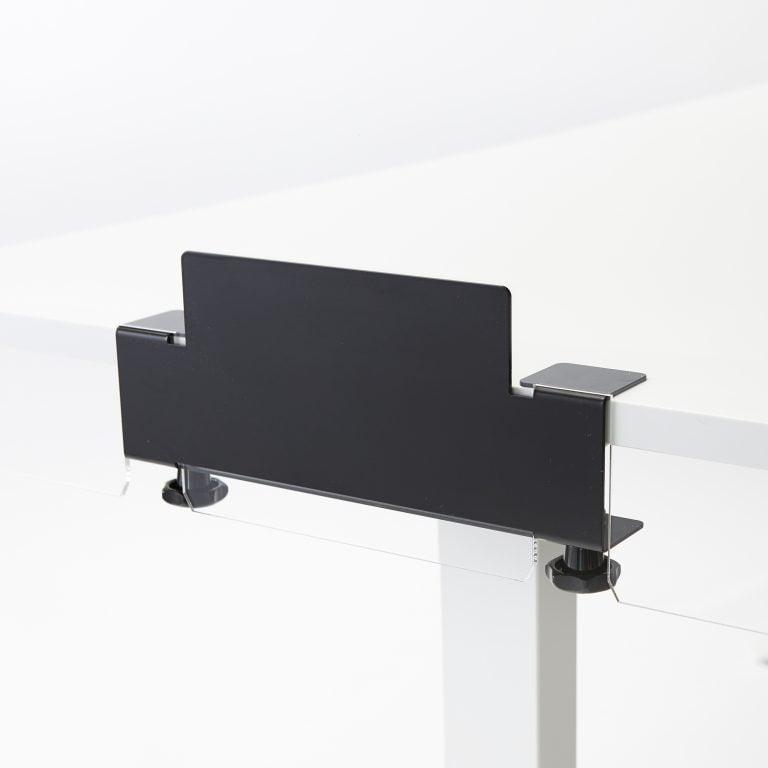 Klem voor bevestiging plexiglas plaat op bureau of tafel